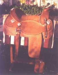 Custom Show Saddle
